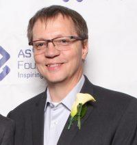 Dr. Frank Maurer